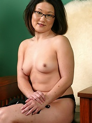 Asian beauty Amy from Asian American Girls